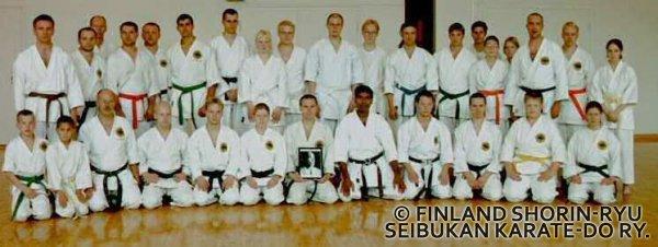 Ryhmäkuva Suomussalmelta vuonna 1999