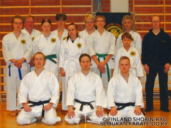 Leirin ryhmäkuva Suomussalmelta 22.-23.1.2005